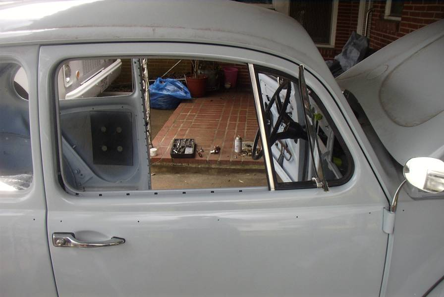 67 VW Beetle Picture Assembly Picture 36
